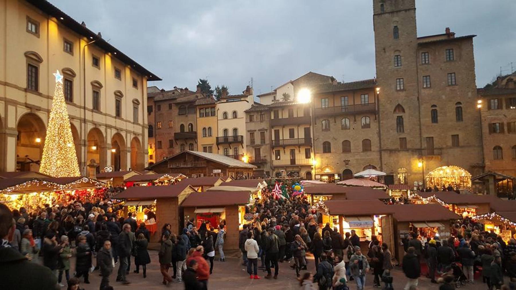 Mercatini di natale arezzo 2017 affitto appartamenti for Arezzo mercatino